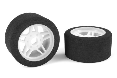Corally 14711-32 - Attack 1:8 Foam Tires - Front - Lightweight Wheel - 32 Shore (2 pcs)