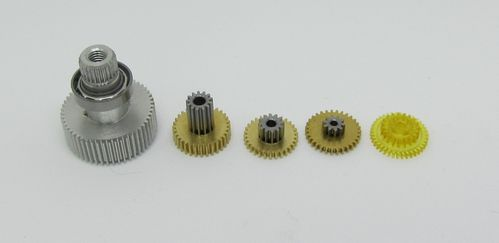 Futaba 01003012 - Replacement Servo Gear Set - S9570SV