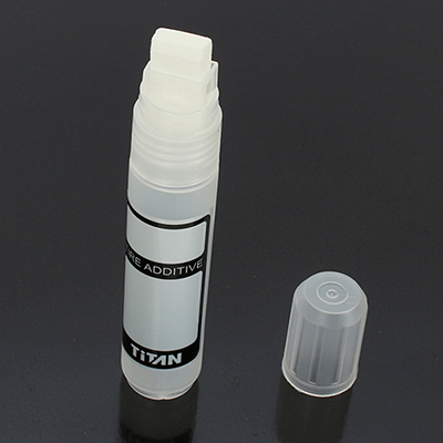 Team Titan 23002 - Additive Bottle with brush - 42ml capacity